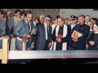 Carlo Meozzi insieme al sindaco Benedetto Barbieri Nucci inaugura la rinnovata esposizione Meozzi