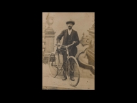 Il capostipite Giovan Battista Meozzi, falegname in Pistrino dal 1894