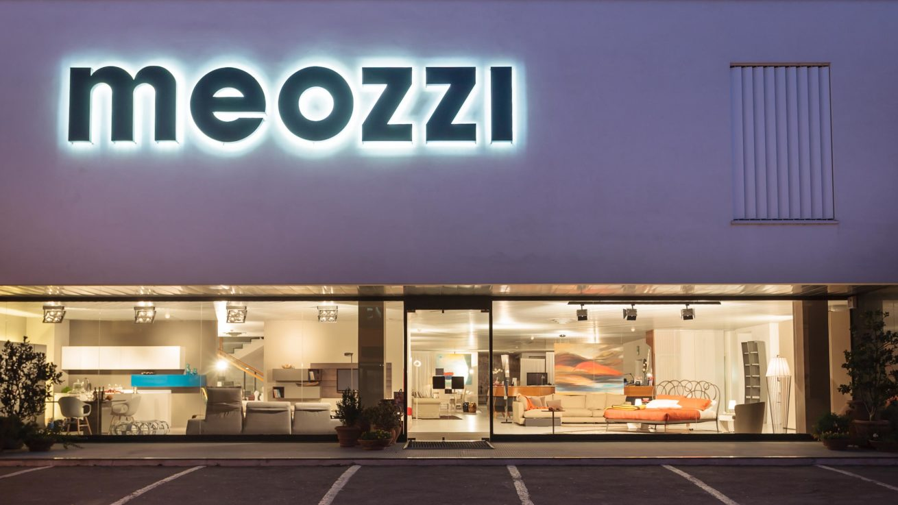 meozzi-mobili-punto-vendita-pistrino